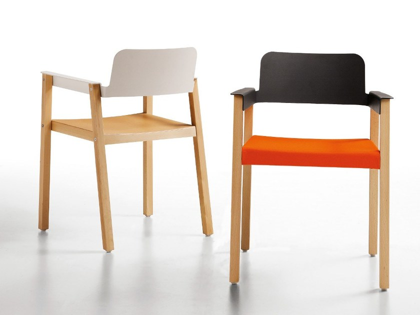 Chair with armrests PENELOPE by Infiniti
