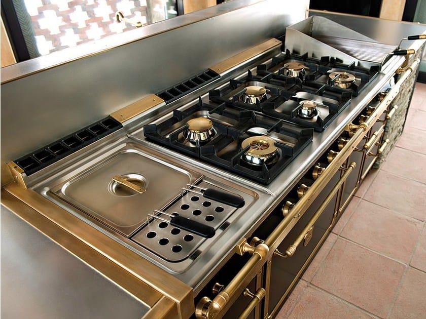 Cucina con isola davanzati palace by officine gullo - Cucine gullo prezzi ...