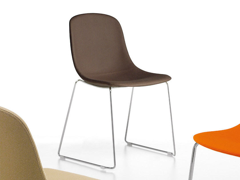 Sled base plastic chair PURE LOOP | Sled base chair by Infiniti
