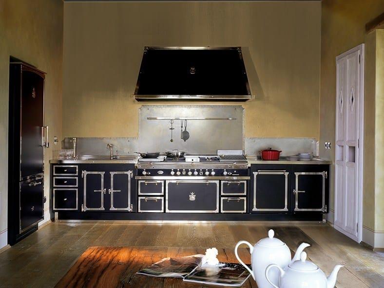 Cucina lineare su misura TORNABUONI PALACE By Officine Gullo
