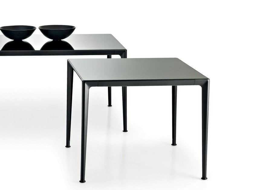 Square glass table MIRTO INDOOR   Square table by B&B Italia