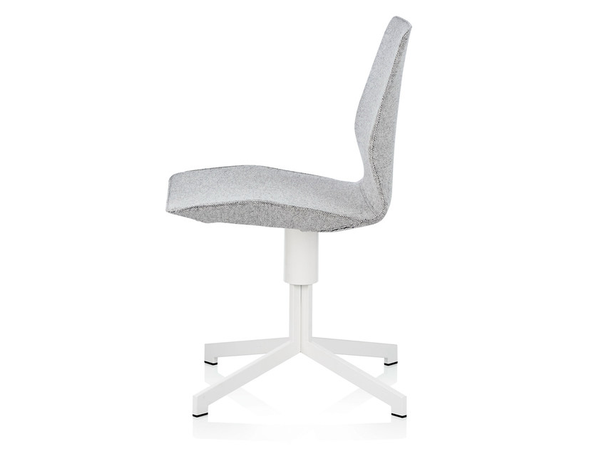 Fabric chair with 4-spoke base PILOT LOW by Johanson Design
