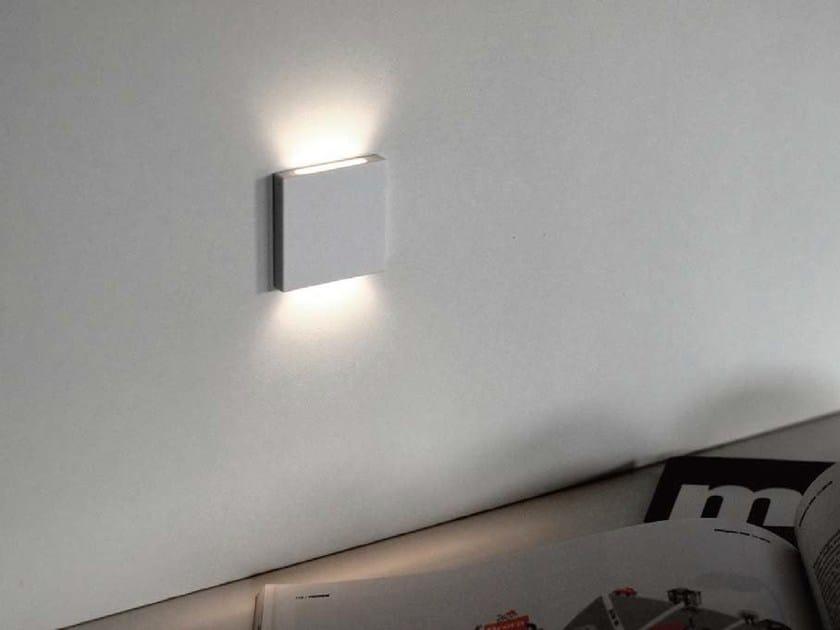 Wall-mounted steplight BANG Q by Flexalighting