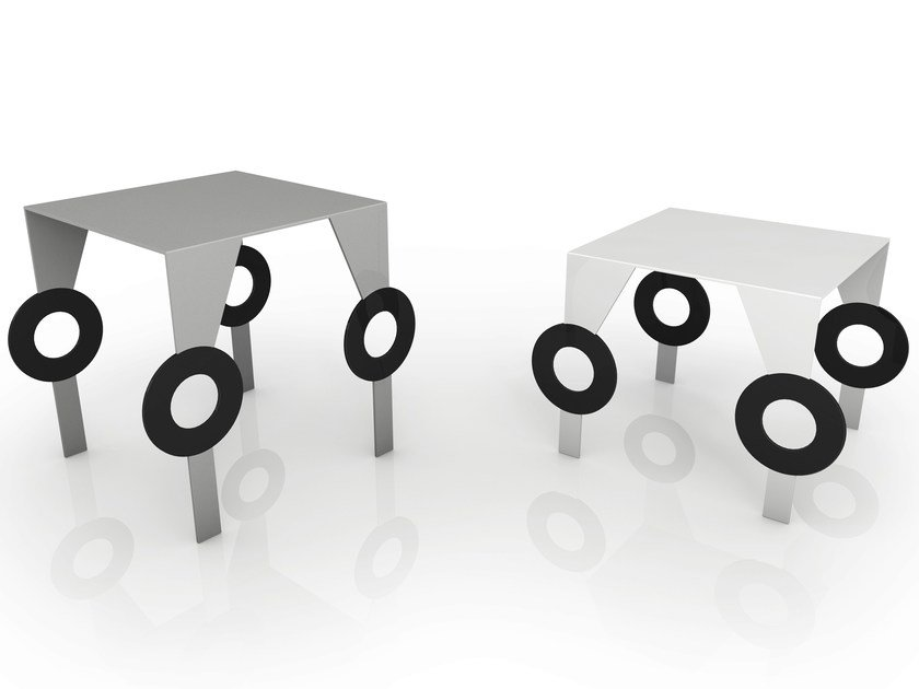 Tavolino quadrato in alluminio ZELDA by altreforme