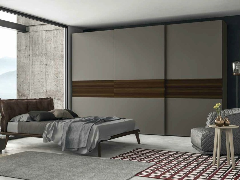 Built-in lacquered wardrobe with sliding doors EMOTION SCORREVOLE 3 by Dall'Agnese