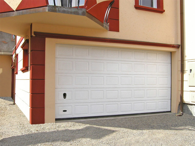 Galvanized steel sectional door ANS RL42   Garage door by Bremet