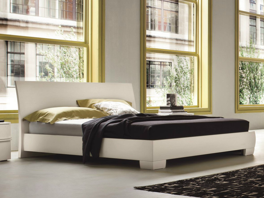 Lacquered wooden double bed VICTOR   Lacquered bed by Dall'Agnese