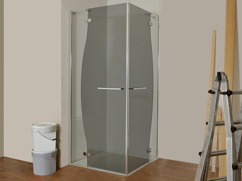 Corner glass shower cabin CHIAROSCURO | Corner shower cabin by MEGIUS