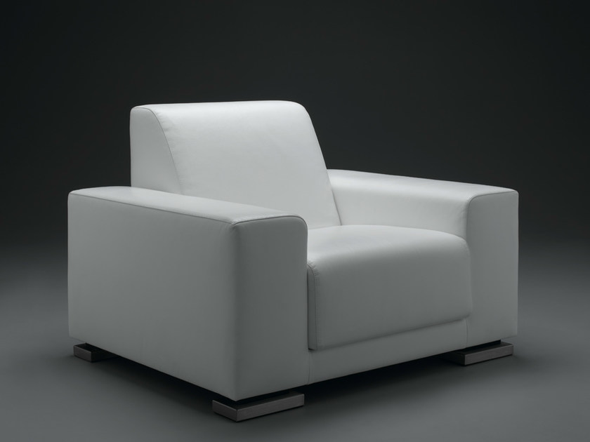 Armchair with armrests JUUN | Armchair by mminterier