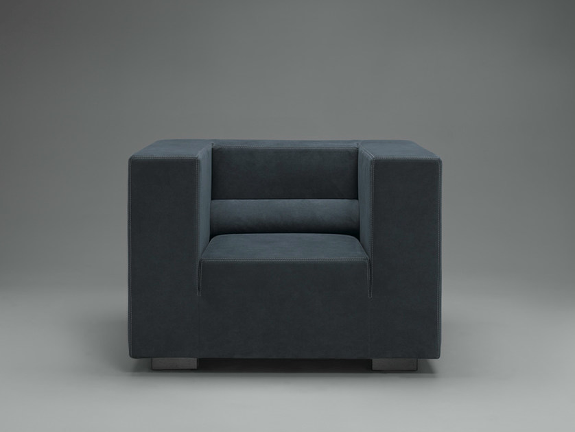 Club fabric armchair FRONDÒ | Armchair by mminterier