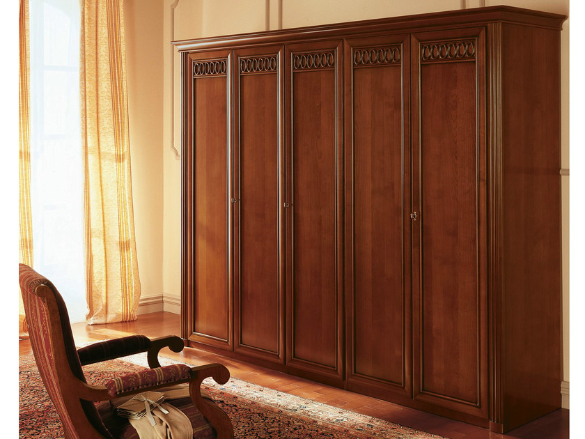 Cherry wood wardrobe VENEZIA   Wardrobe by Dall'Agnese