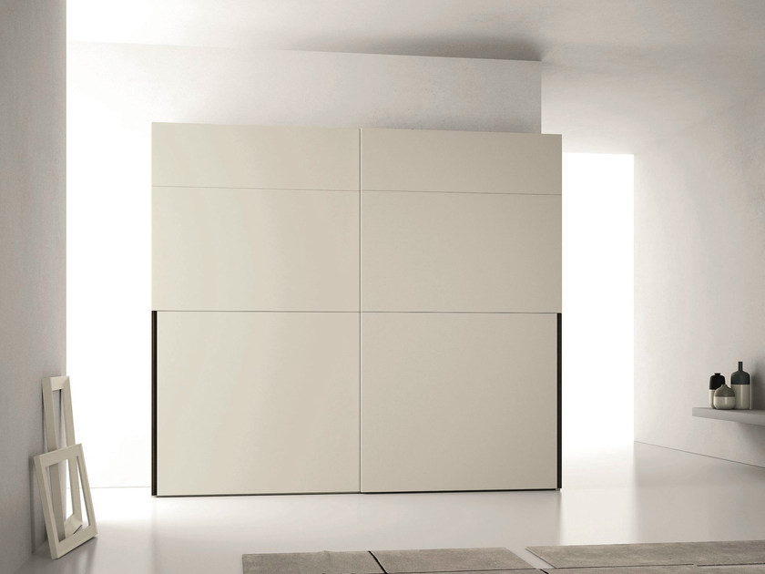 Lacquered wardrobe with sliding doors GREEN by Dall'Agnese
