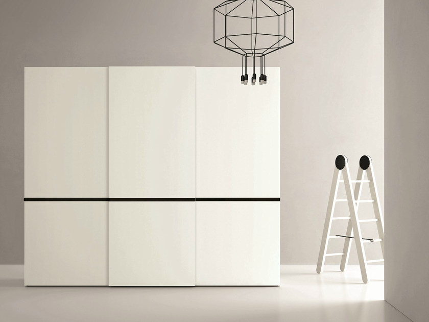 Lacquered wardrobe with sliding doors RIGA by Dall'Agnese