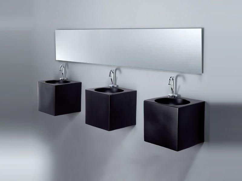 Square wall-mounted handrinse basin CUBE by A. e T. Italia