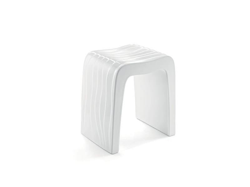 Ceramic bathroom stool WAVES SEAT by A. e T. Italia