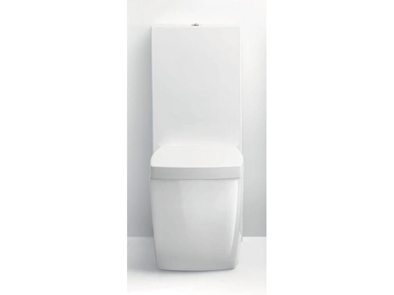 Close coupled ceramic toilet WALL ONE by A. e T. Italia