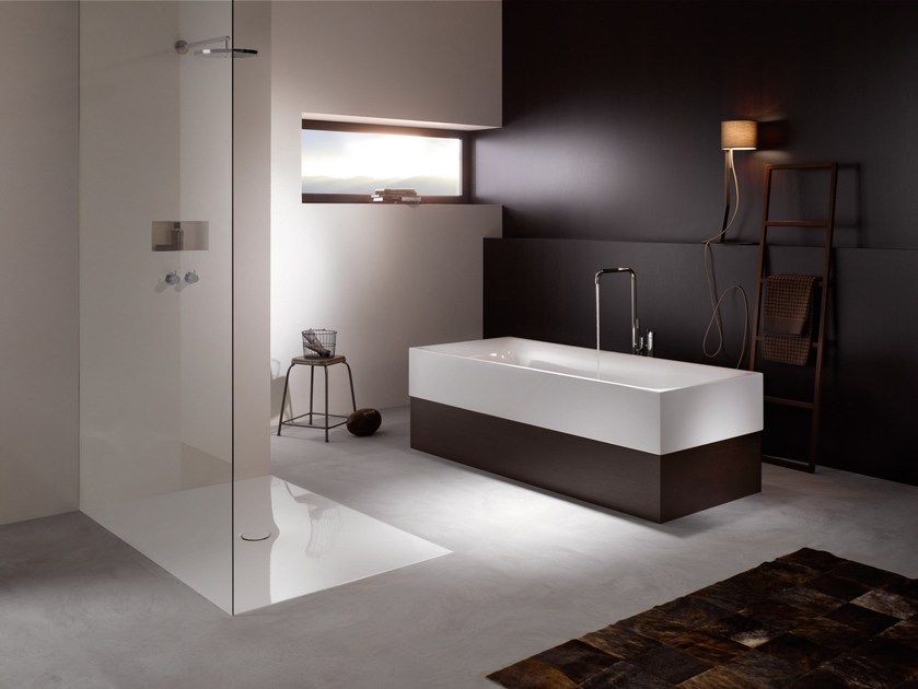 Semi-inset enamelled steel bathtub BETTELUX HIGHLINE by Bette