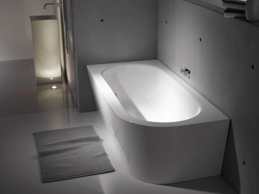 Asymmetric enamelled steel bathtub BETTESTARLET IV SILHOUETTE by Bette