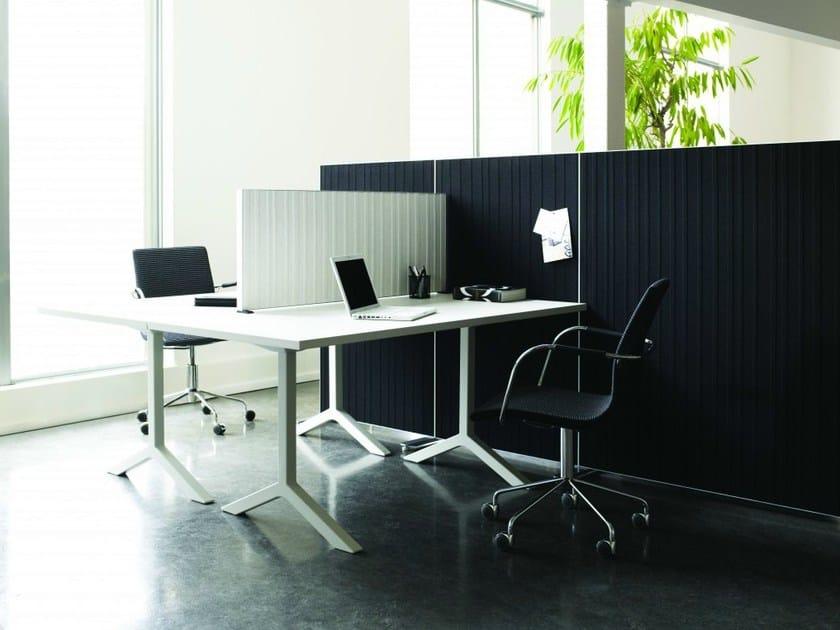 Sound absorbing workstation screen desktop partition ALUMI | Workstation screen desktop partition by Abstracta