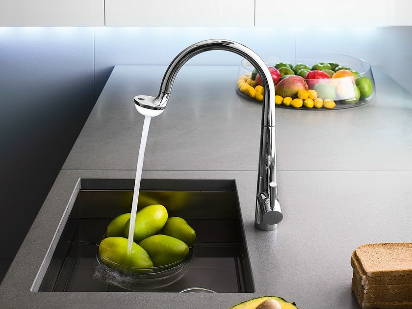 Chrome-plated kitchen mixer tap with pull out spray LUCE | Kitchen mixer tap by Nobili Rubinetterie
