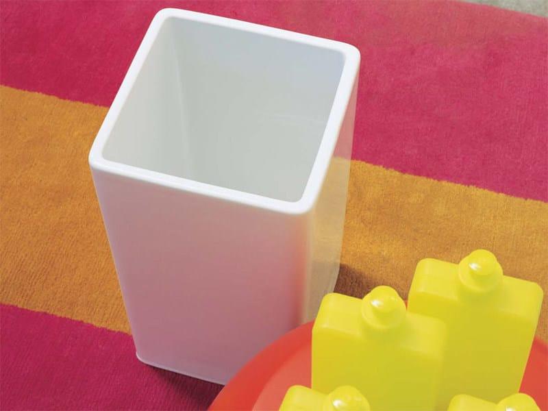 Contemporary style ceramic bathroom waste bin CEST | Ceramic bathroom waste bin by CERAMICA FLAMINIA