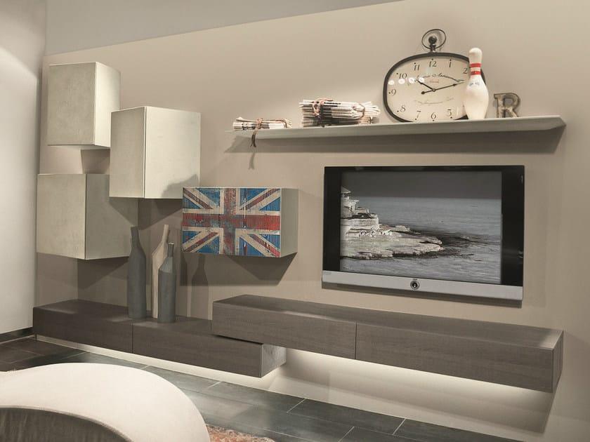 Parete attrezzata componibile fissata a muro con porta tv for Presotto parete attrezzata