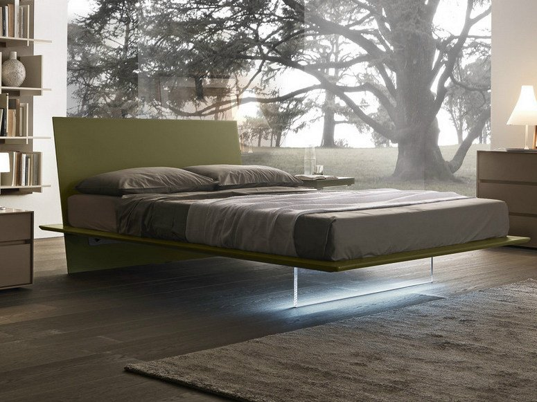 Lacquered double bed PLANA | Lacquered bed by Presotto