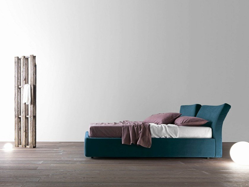 reflex bett aus stoff by presotto design pierangelo sciuto. Black Bedroom Furniture Sets. Home Design Ideas