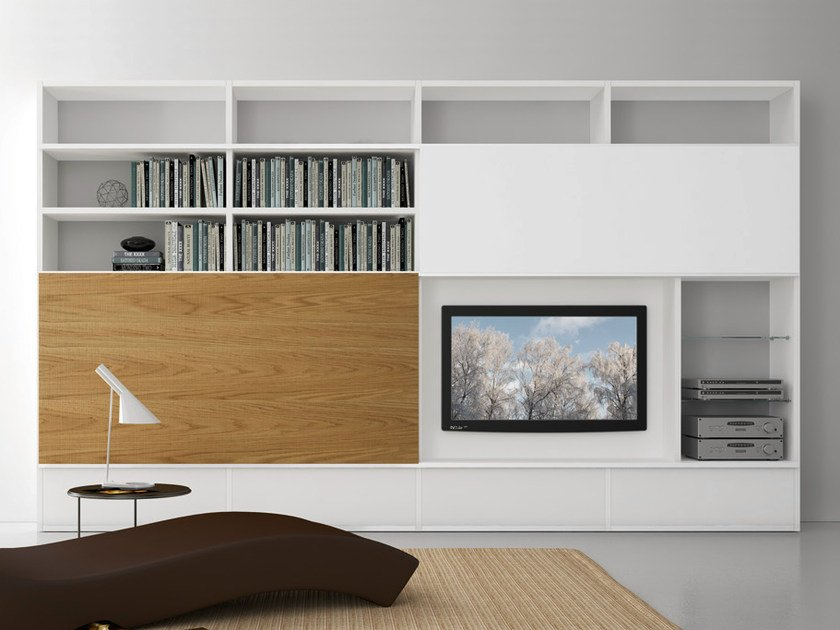 Sectional lacquered TV wall system Pari&Dispari - COMP 323 by Presotto