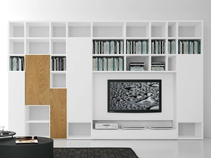 Sectional lacquered TV wall system Pari&Dispari - COMP 306 by Presotto