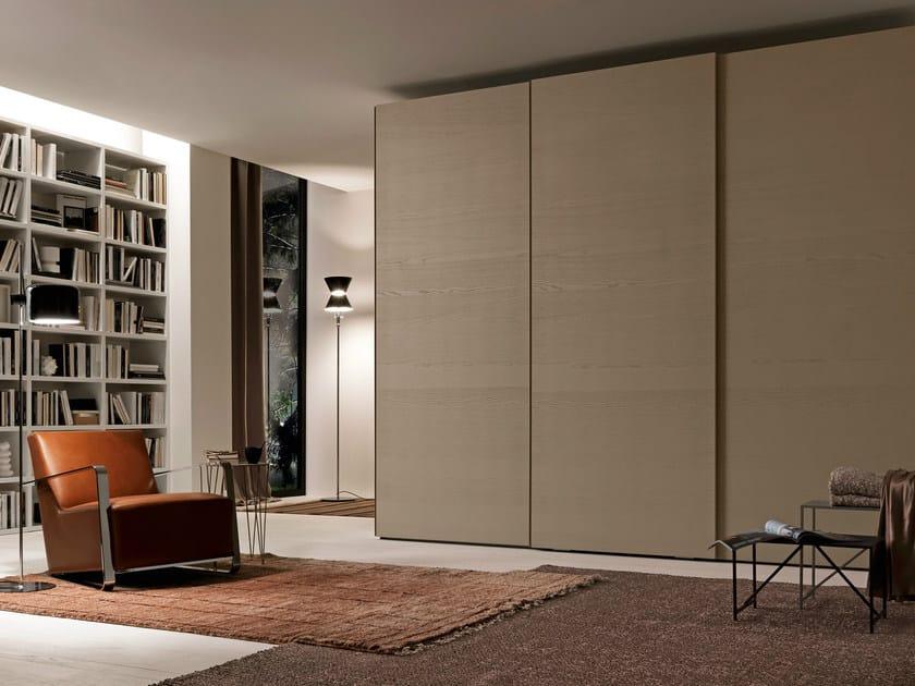 Sectional wardrobe with sliding doors Tecnopolis anta MEG LISCIA by Presotto