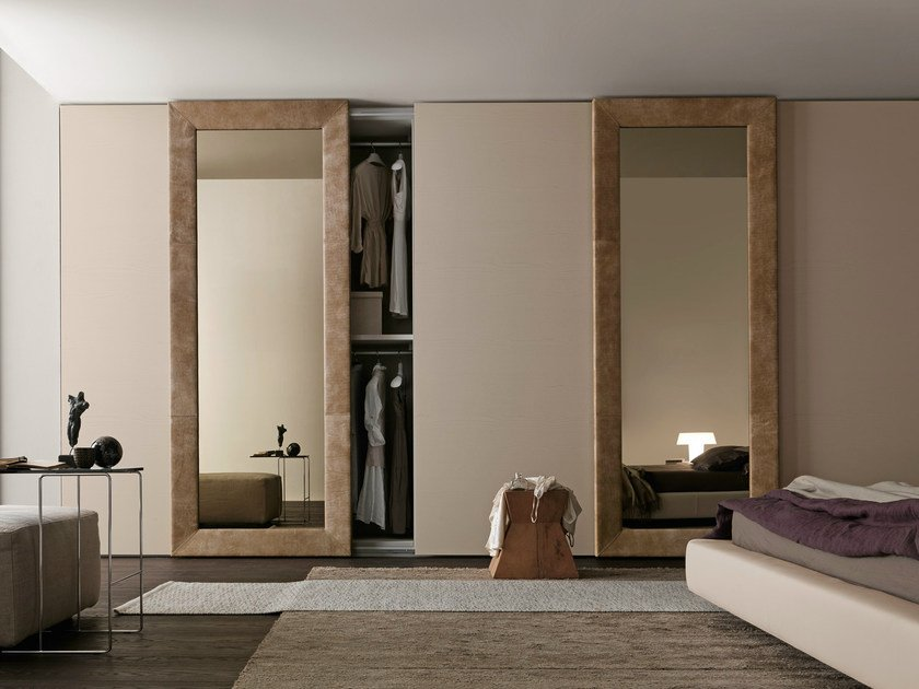 Sectional mirrored wardrobe with sliding doors Tecnopolis anta MIRROR by Presotto