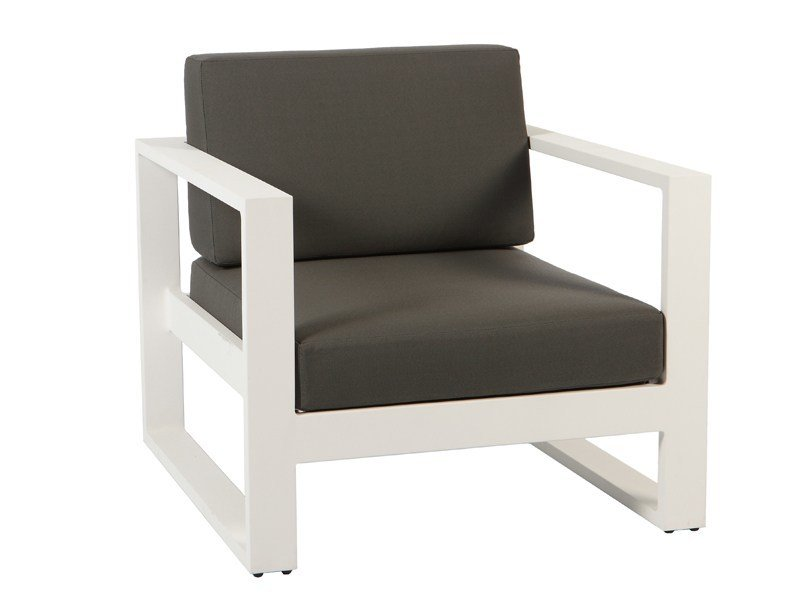 Armchair with armrests STOCKHOLM | Armchair with armrests by Sérénité Luxury Monaco