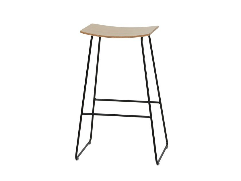High wooden stool TAO | High stool by Inclass Mobles