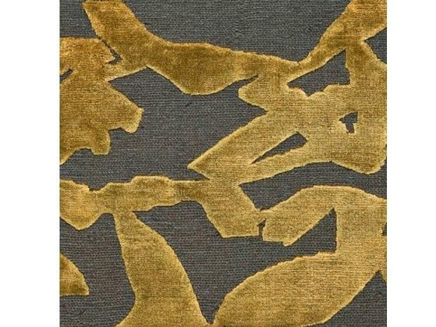 Patterned handmade rug FOGLIE D'ERBA by COLLI CASA