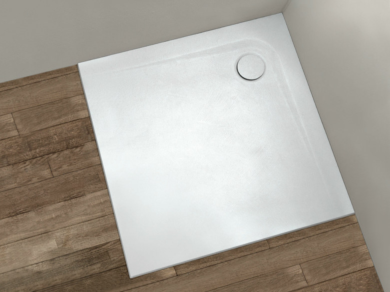 Square shower tray PIETRAFINA | Square shower tray by Gruppo Geromin