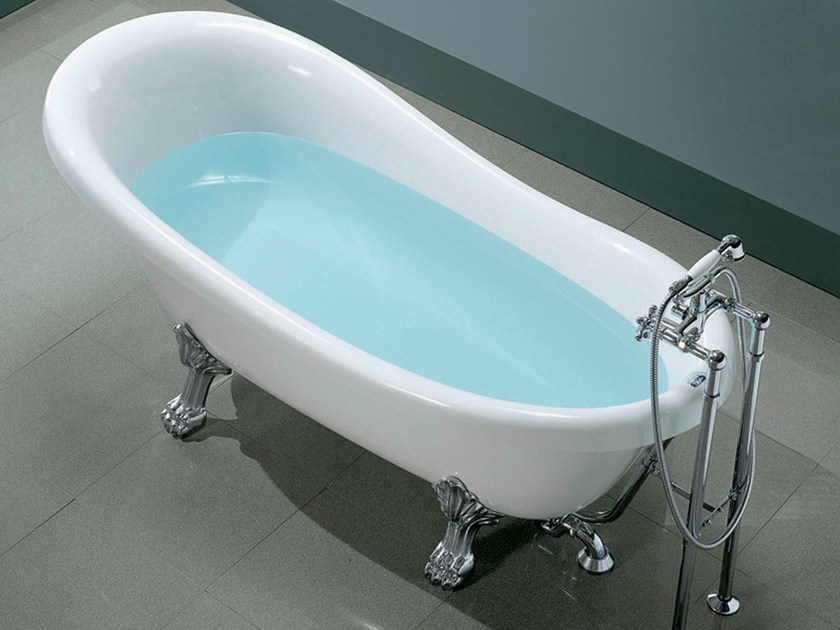 Classic style oval bathtub on legs OLD TIME by Gruppo Geromin
