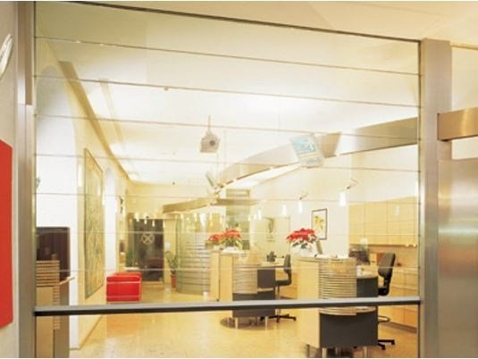 Automatic vertical crystal movable wall Vertical movable wall by Estfeller Pareti