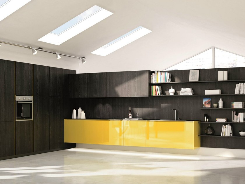 Fitted kitchen CRETA by Del Tongo
