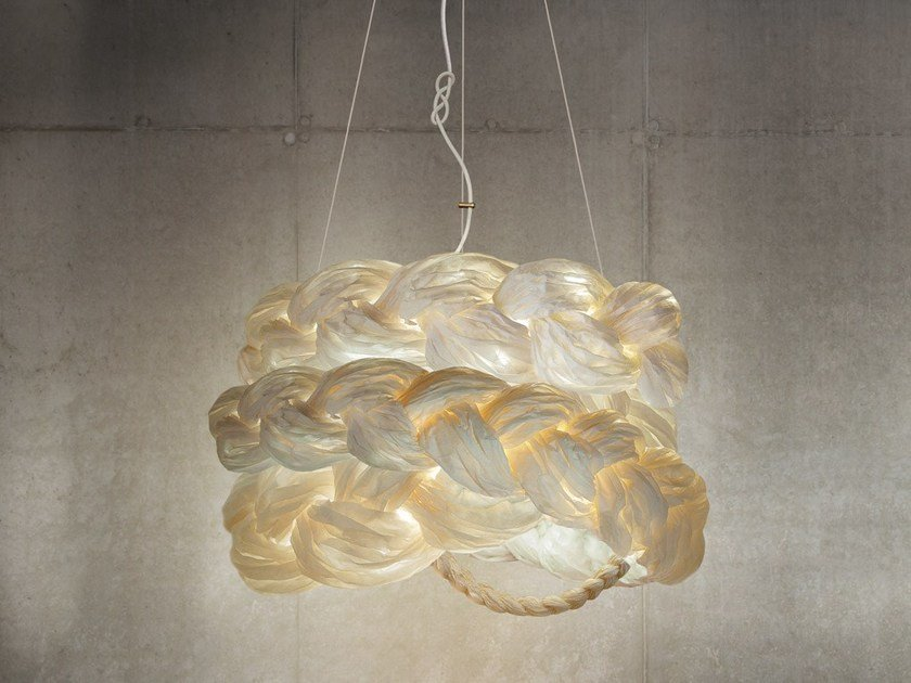 Handmade paper pendant lamp THE BRIDE MEDIUM | Pendant lamp by Mammalampa