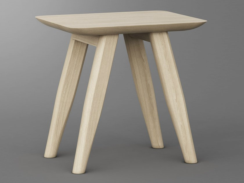Solid wood stool AETAS | Stool by Vitamin Design