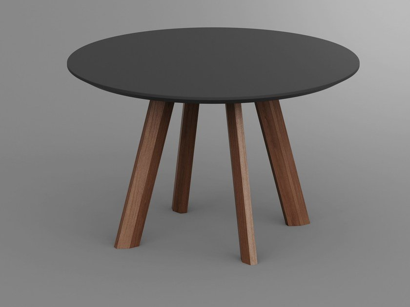 Round wooden table RHOMBI R by Vitamin Design