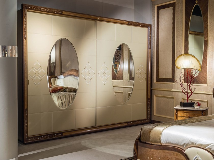 Mirrored wardrobe with sliding doors ARTS | Mirrored wardrobe by Carpanelli Classic