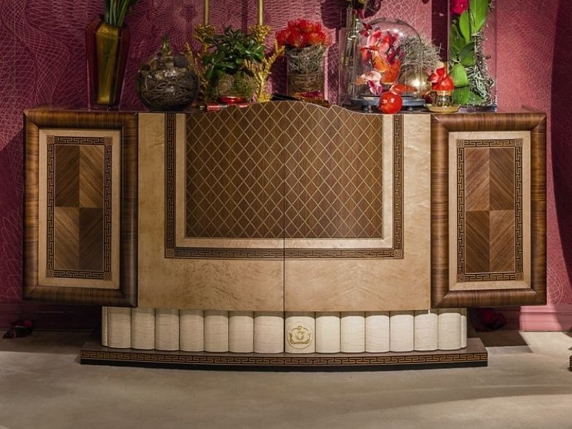 Lacquered wooden highboard with doors ARTS   Highboard by Carpanelli Classic