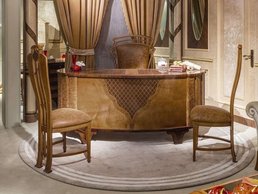 Lacquered wooden writing desk ARTS | Wooden writing desk by Carpanelli Classic