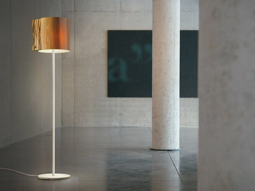 Handmade wooden floor lamp THE WISE ONE | Floor lamp by Mammalampa