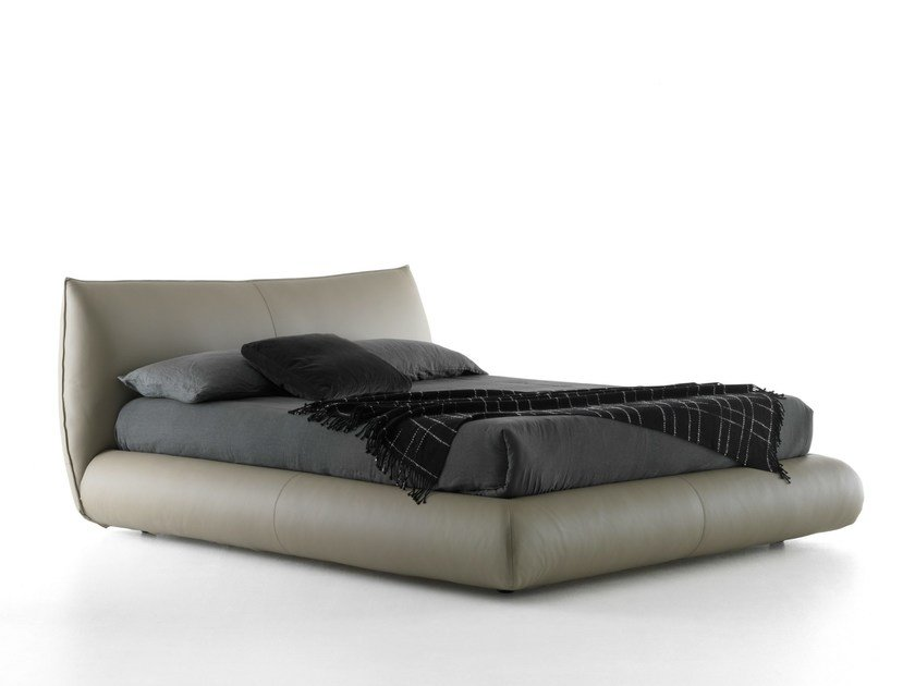 Leather double bed MOON by Bolzan Letti