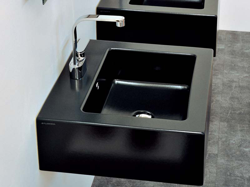 Countertop wall-mounted ceramic washbasin with overflow ACQUAGRANDE 60 | Wall-mounted washbasin by CERAMICA FLAMINIA