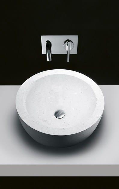 i fiumi waschbecken aus stein by boffi design claudio silvestrin. Black Bedroom Furniture Sets. Home Design Ideas