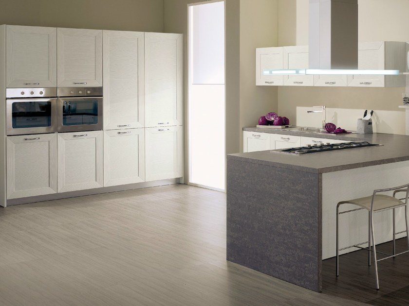 Fitted kitchen ISCHIA by Del Tongo